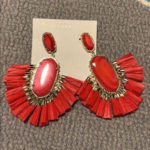 Kendra Scott fuschia Cristina earrings, NWT